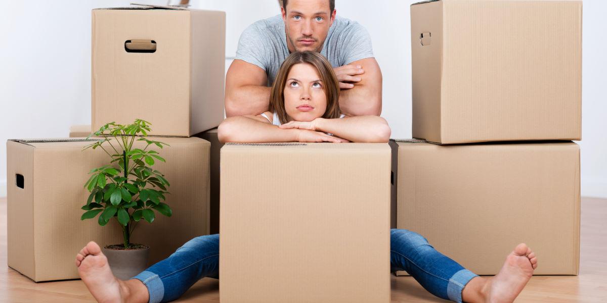 много коробок для переезда