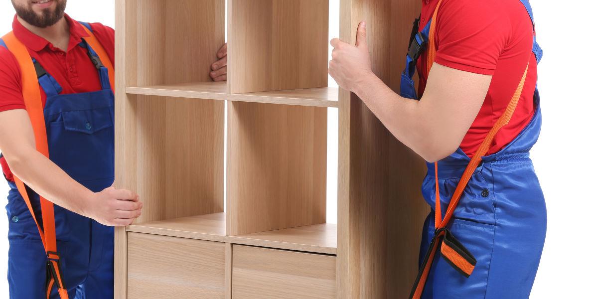 перевозка шкафа на ремнях
